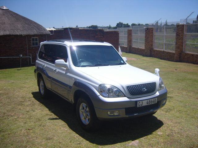 2005 HYUNDAI TERRACAN 4WD V6 AUTO – R 75950.00