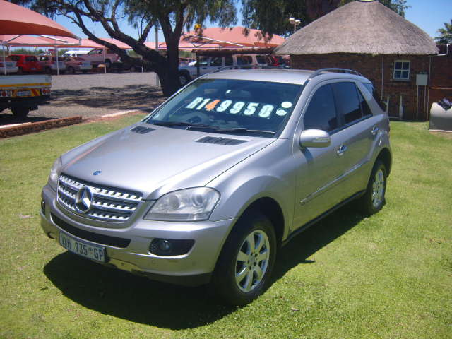 2007 MERCEDES BENZ ML 350 AUTO – R 149950.00