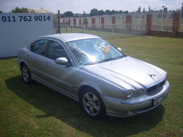2002 – JAGUAR X-TYPE 3.0 SE A/T – R79950.00