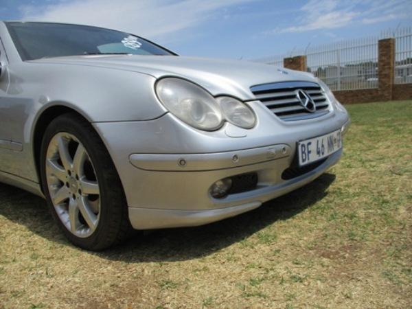2003 – Mercedes-Benz C-Class C 230k Coupe A/t – R89900.00