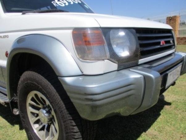 2005 – Mitsubishi Pajero 3.8 V6 Gls A/t – R69900.00