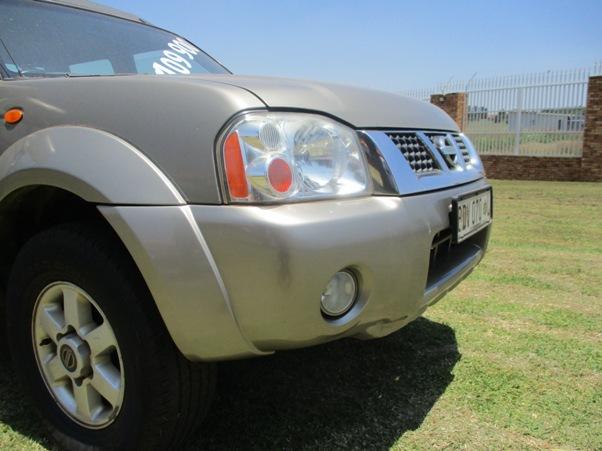 2006 – Nissan Hardbody 2400i Se (j24) P/u D/c – R109000.00